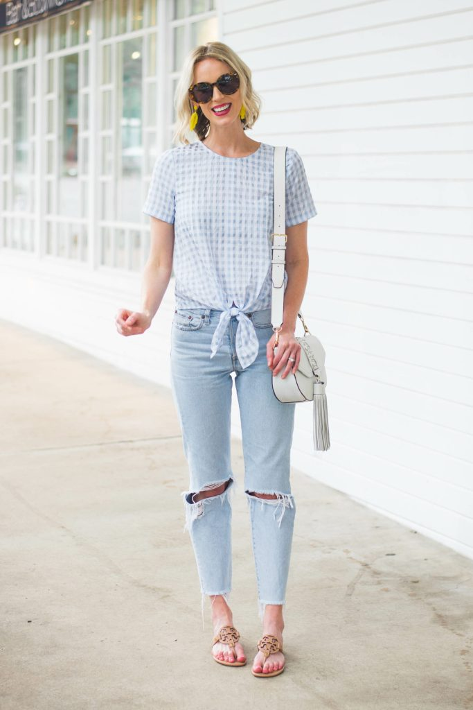 blue and white summer casual outfit