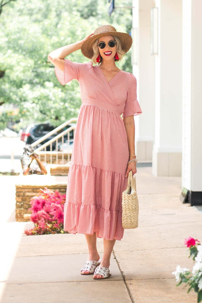 easy gingham dress with straw hat