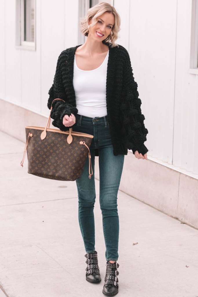 go-to winter outfit combo - jeans and cardigan