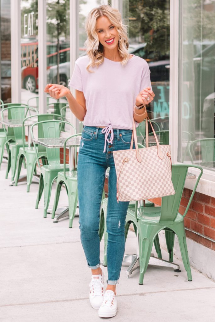 cute jeans outfit, casual outfit for early fall
