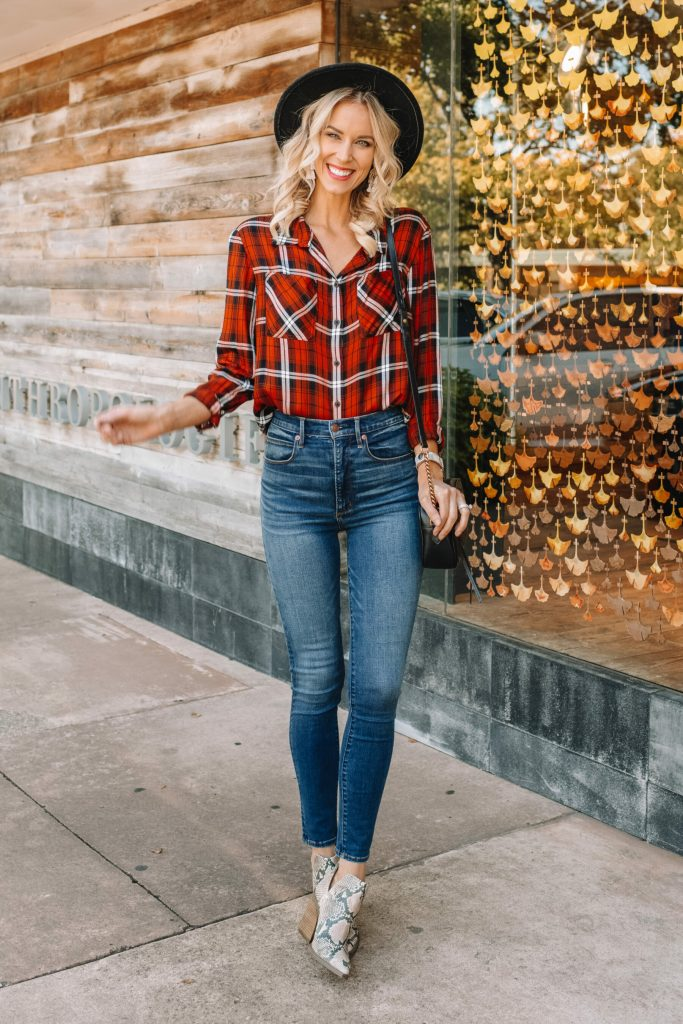 the perfect fall flannel, high waisted skinny jeans, snake skin boots