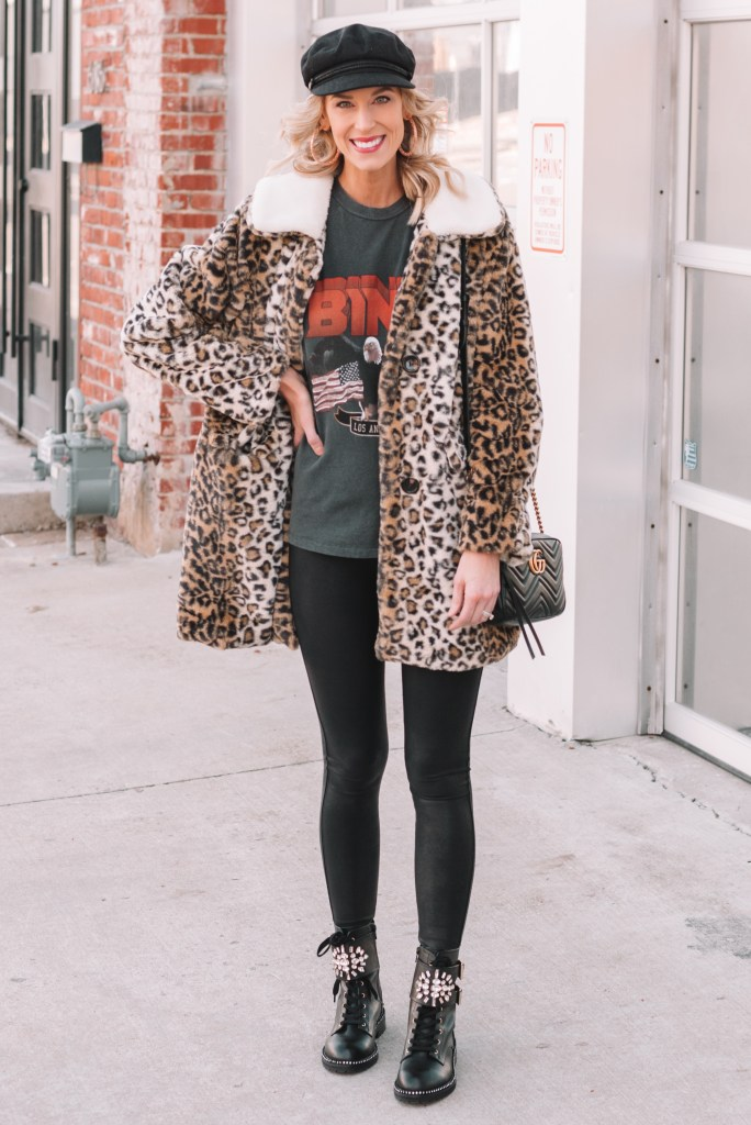 leggings outfit idea, first trimester outfit ideas, how to dress during your first trimester