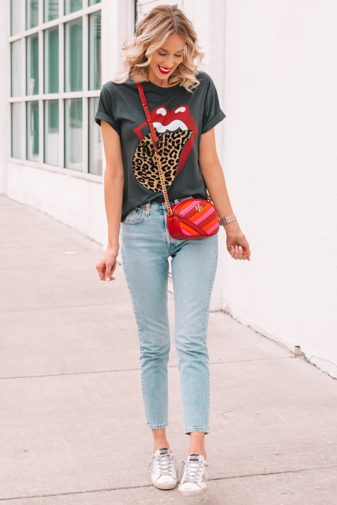 levi's 501 skinny jeans and rolling stone graphic tee