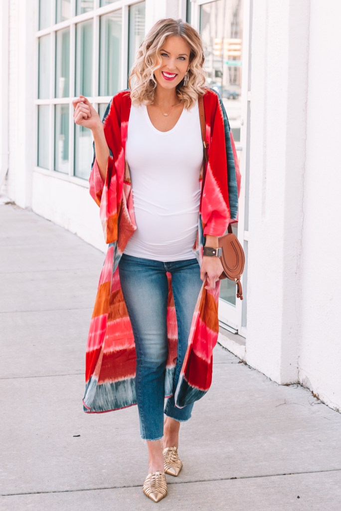 spring maternity outfit idea, the best straight leg maternity jeans,