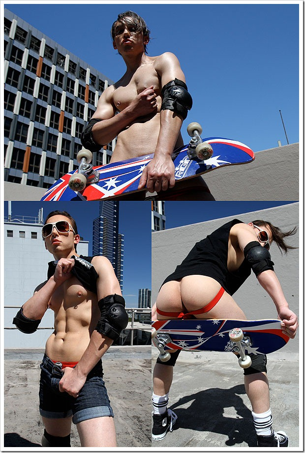 bentley_race-Aussie_boy_Ricky_Cruz_strips_naked_in_the_middle_of_the_city (1)