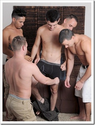 straight fraternity - Garrett and 4 Guys (3)