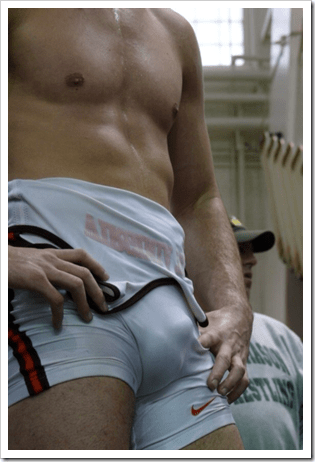 sport boys with bulges (4)