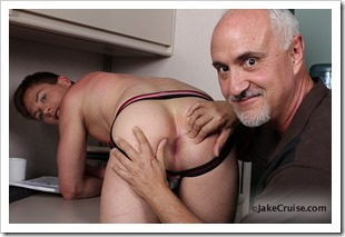 Kyler Ash Serviced by Jake (6)