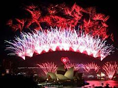 NYE fireworks over Sydney Harbour