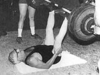Ed Zercher performing an unsupported leg press