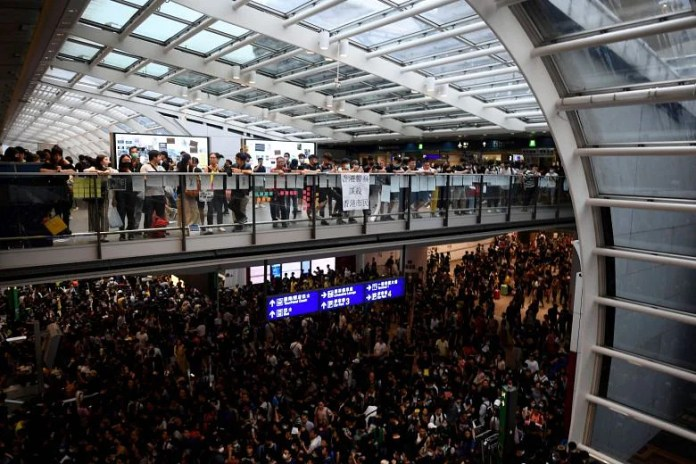 Six flights from Singapore cancelled as protest at Hong Kong airport continues; all flights from Hong Kong cancelled 2