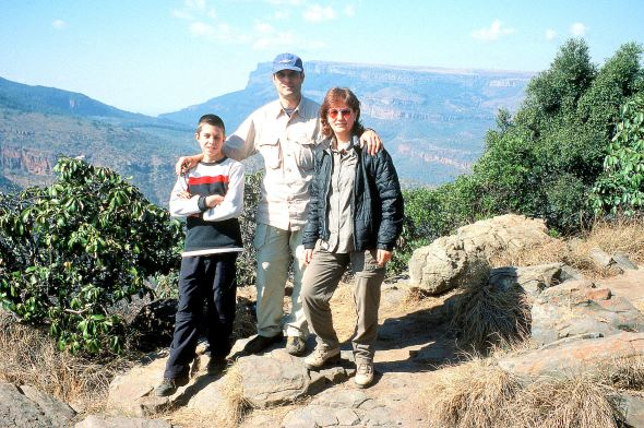 Me, Adriano and Dario on the edge of Blyde River Canyon in South Africa