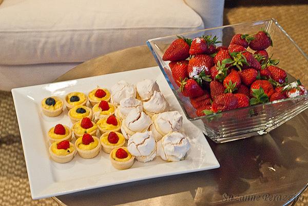 Mini custard pies, meringues and strawberries