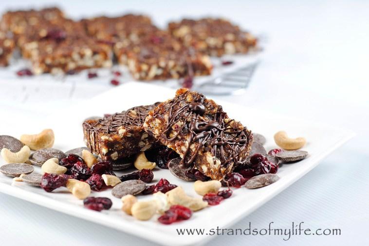 Chocolate Cherry Cashew Bars - high fructose
