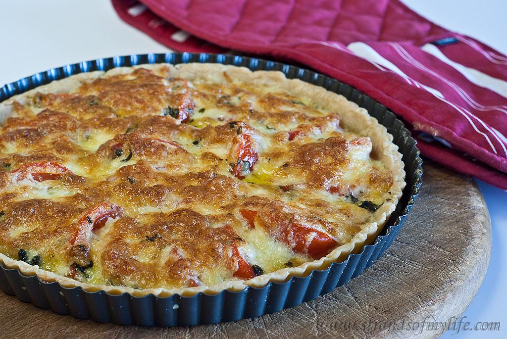 Gluten-Free & Low FODMAP Basil and Tomato tart