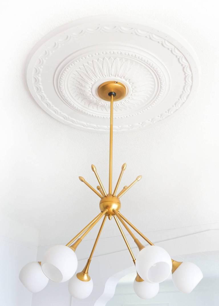 ceiling-medallion-chandelier, Toronto, Vaughan, GTA, Richmond Hill, Aurora, Newmarket