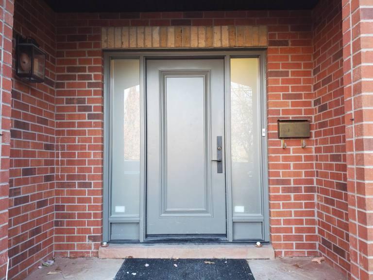 Fiberglass and Steel Door Installation Woodbridge, Maple, Vaughan, King, Aurora, Nemwarket, Caledon, Nobleton, Kleinburg
