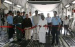 Group Captain BS Reddy, US Ambassador Nancy Powell, Minister of State for Defense Jitendra Singh, Defense Minister AK Antony and Air Chief Marshal NAK Browne inside the aircraft | DPR, Defense Ministry