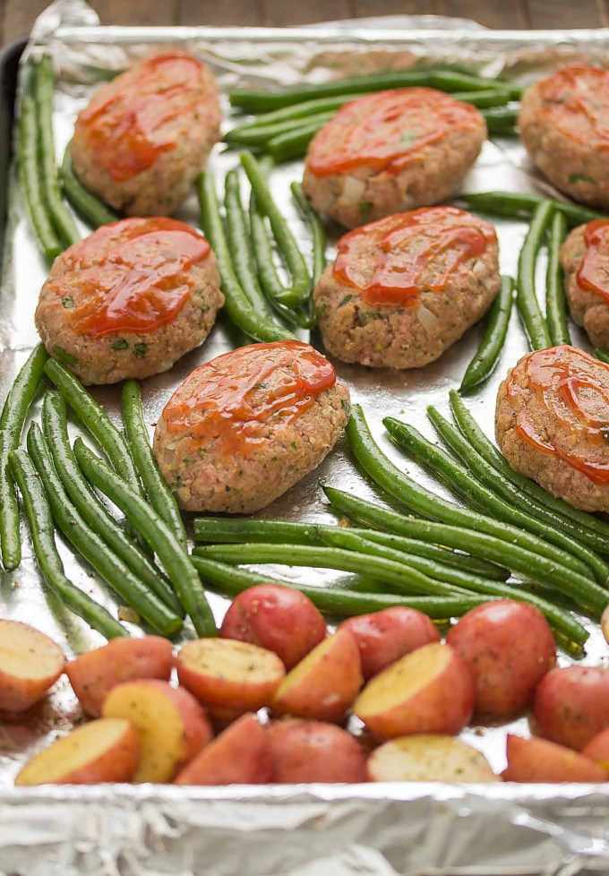 Sheet Pan Mini Meatloaves with Potatoes and Green Beans