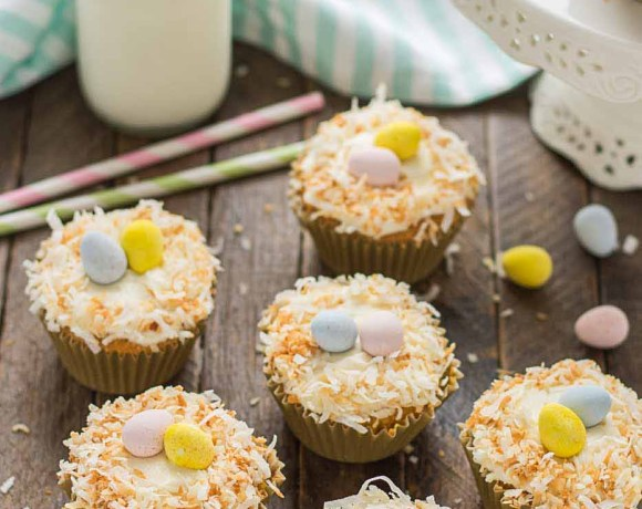 Pineapple Carrot Cake Cupcakes