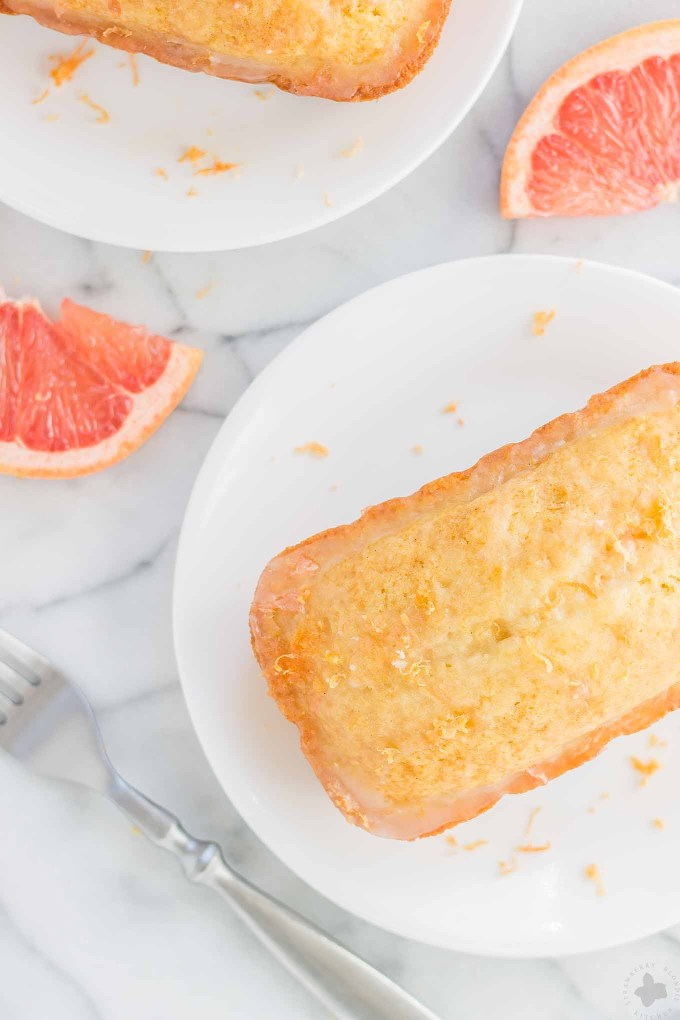 Deliciously moist and bursting with fresh grapefruit flavor, these Grapefruit Olive Oil Mini Cakes are cute, delectable and delightful making them perfect for any occasion! Strawberry Blondie Kitchen