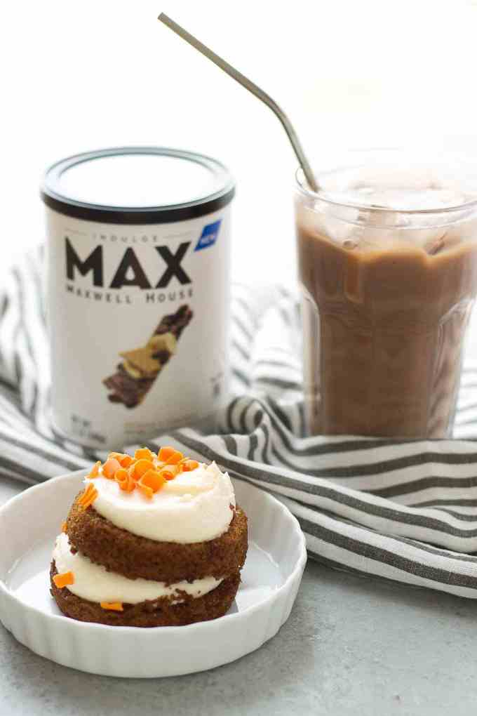 Start your morning off with an indulgent, quick and delicious coffeehouse beverage at home. Whether you need to Perk Up or Amp Up, MAX Indulge by MAXWELL HOUSE will help you achieve just that! | Strawberry Blondie Kitchen