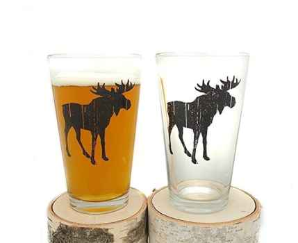 holiday gift guide rustic moose pint beer glasses