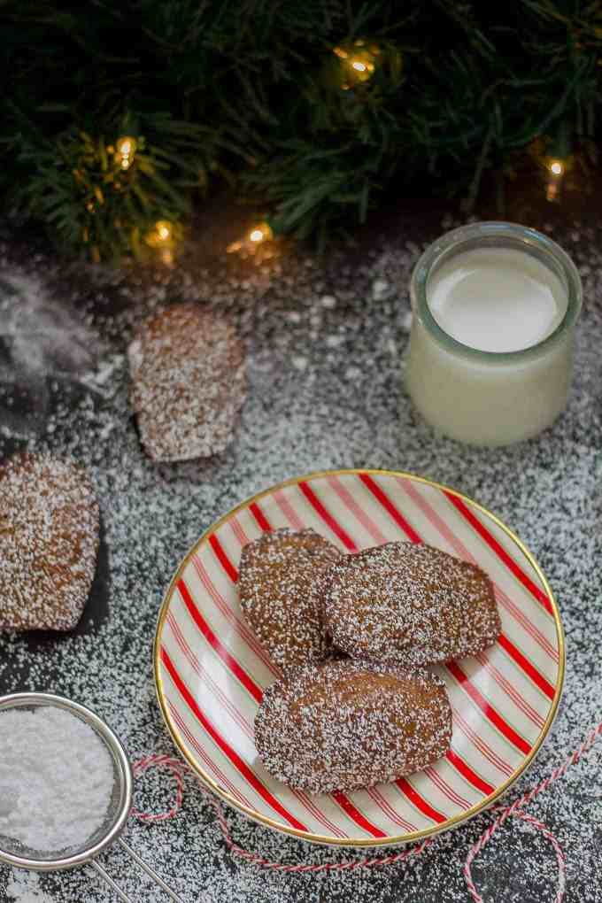 Gingerbread Madeleines are the perfect soft and buttery sponge cakes to send your tastebuds right into the holiday season! | Strawberry Blondie Kitchen