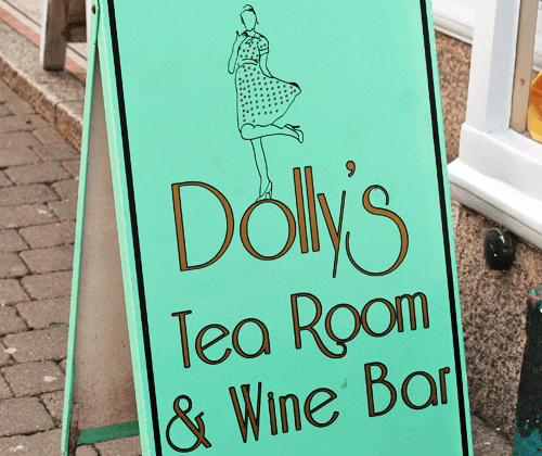 Supper Club with Lucas at Dollys Tea Room | Strawberry Squeeze