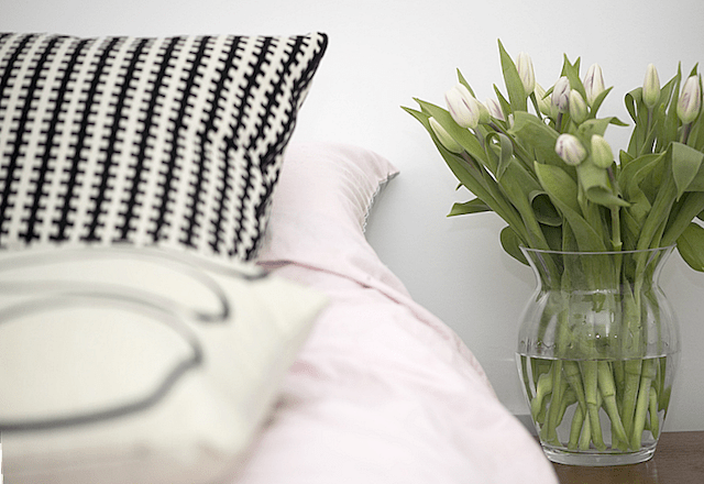 Spring Forward with these Stylish Decor Tips (Bedroom Sneak Peek!) | UK Lifestyle Blog