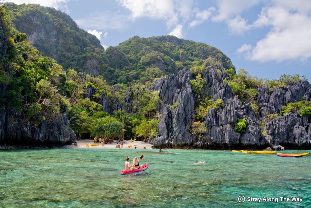 El Nido island tour kayaking