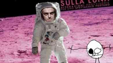 """Photo of """"Primi passi sulla luna"""" uno spettacolo di Andrea Cosentino in collaborazione del TSA."""