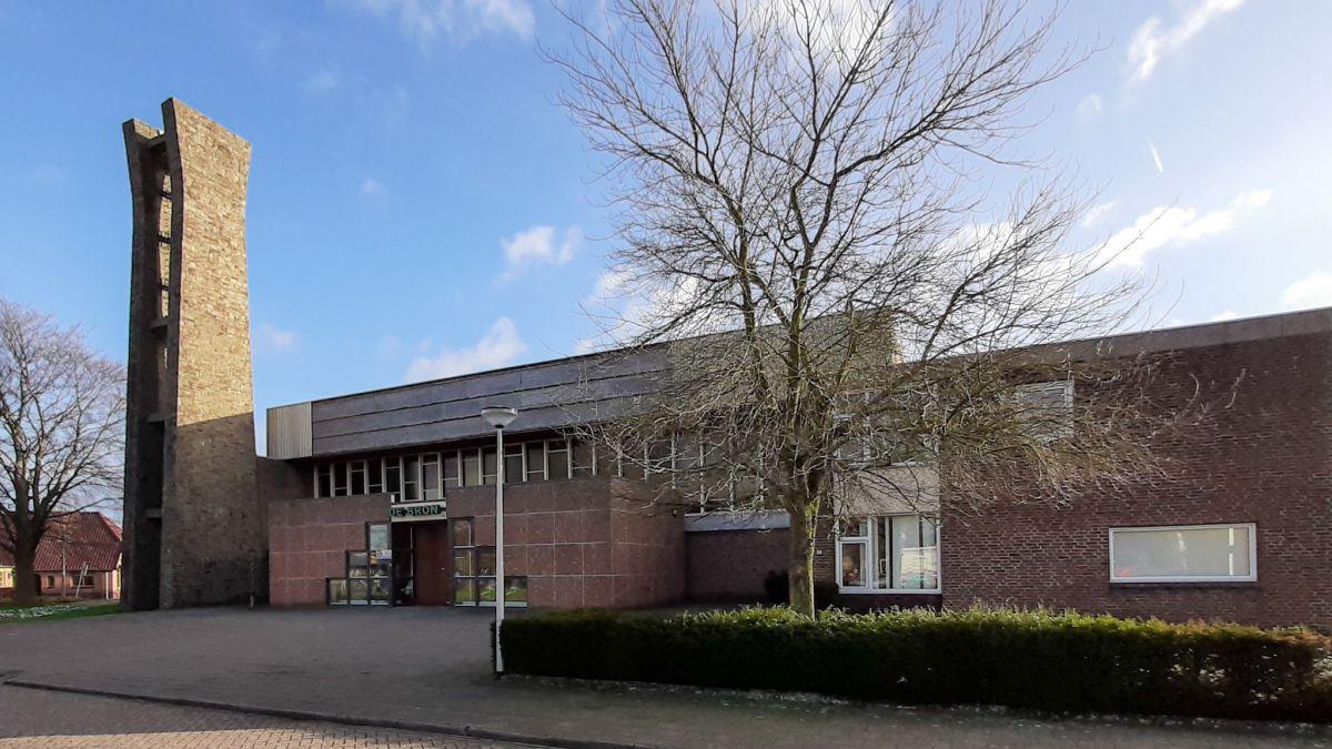 Gemeente Oost Gelre koopt voormalig 'De Bron'.
