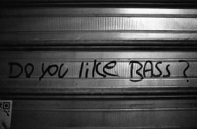do_you_like_the_bass_street_art.jpg