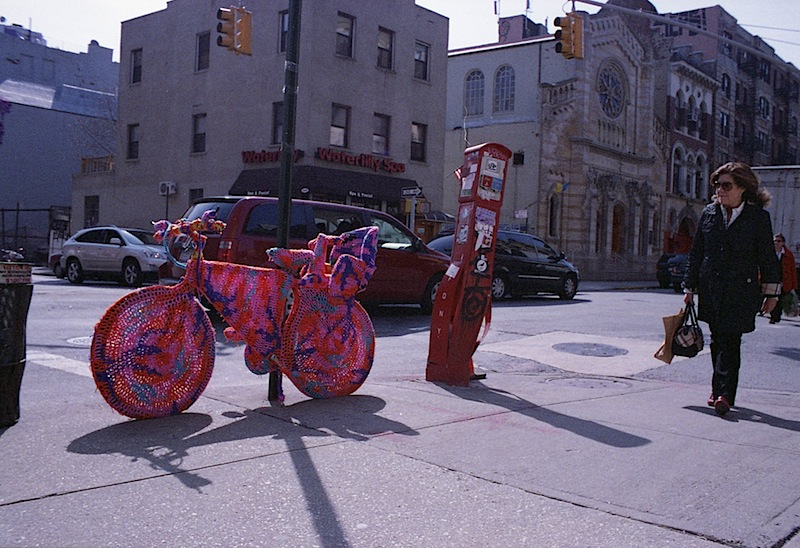 olek_knitted_bicycle_soho_nyc.jpg