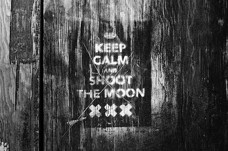 keep_calm_and_shoot_the_moon.jpg
