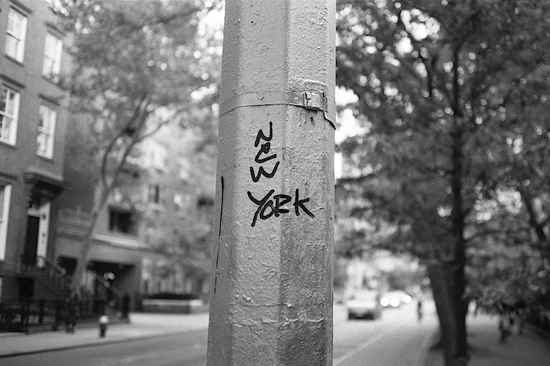 new_york_graffiti_contax_t2.jpg