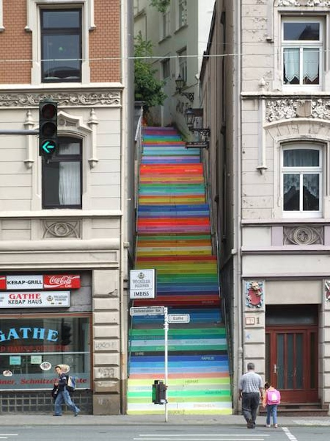 6 nice way to pimp your walk – A Street Art Collection