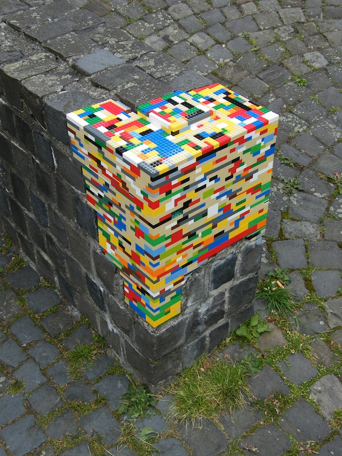 Lego - Let's color the world