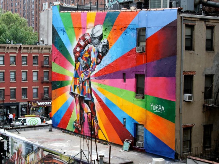 Mural by Eduardo Kobra in NYC