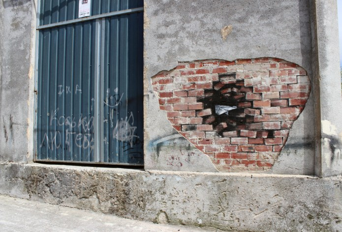 Crash – Street Art by Pejac