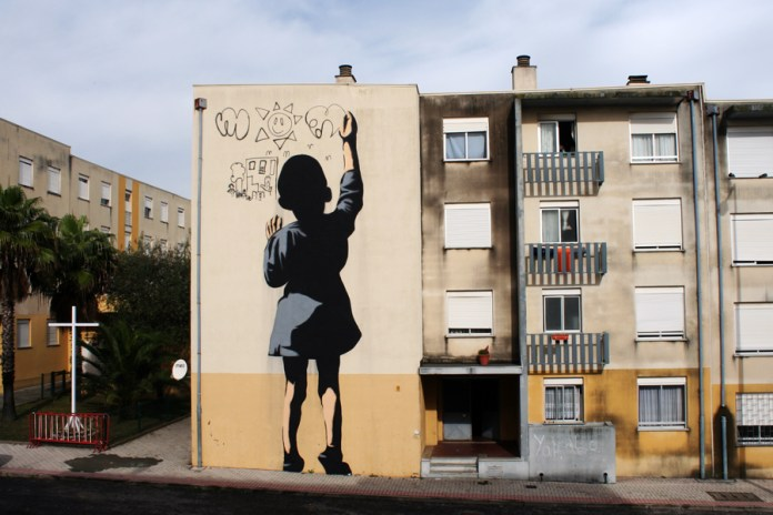 Street Art by Adres at Quinta do Mocho, Sacavém, Portugal 1