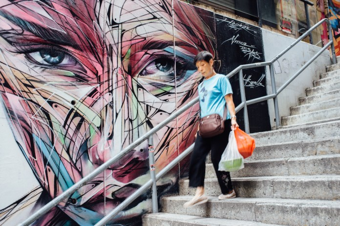 Street Art by Hopare at Hollywood Road in Hongkong 2015-37