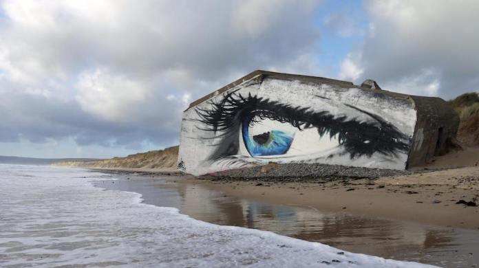 Street Art by Cécé - In Siouville-Hague, France 4
