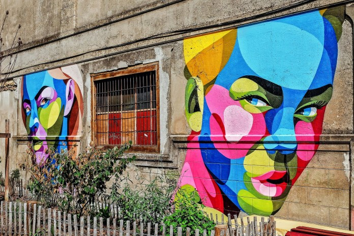 Street Art by Alber Vtimes – In Old Bordeaux, France (5 photos)