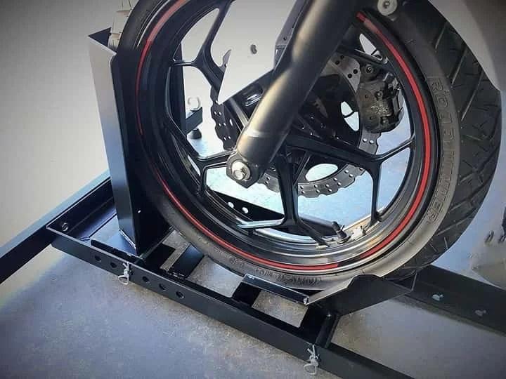 best-motorcycle-wheel-chock (4)