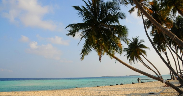 Maafushi. Lacné Maldivy s batohom