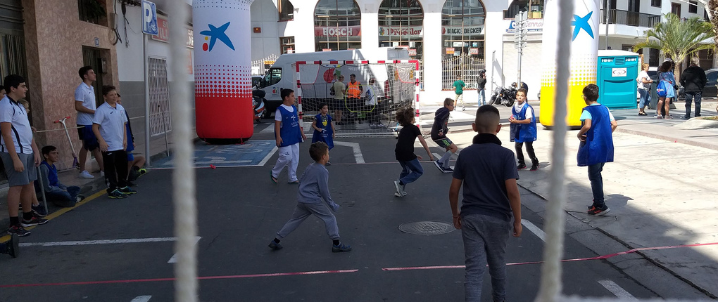 2ab3c7ed746 Spain, Street Handball with Club Balonmano Arona, So simple, Just do it