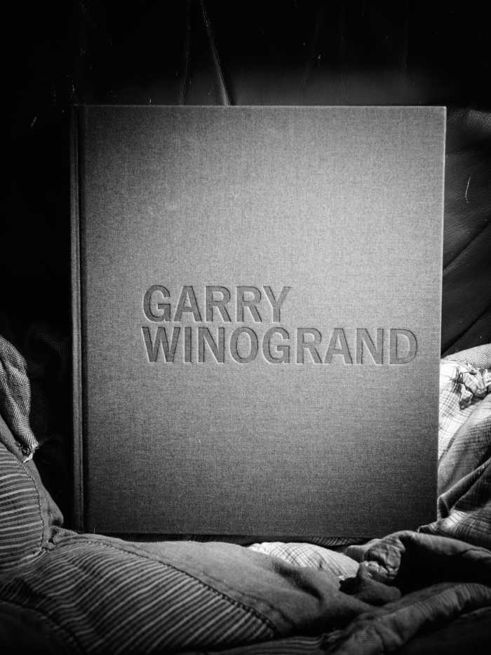 """Cover of the book """"Garry WInogrand"""""""