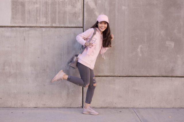 pink hoodie streestyle